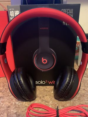 Beats solo 3 wireless for Sale in Parma Heights, OH