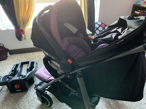 GRACO Travel System ( Stroller with carseat and base) for Sale in Anaheim, CA