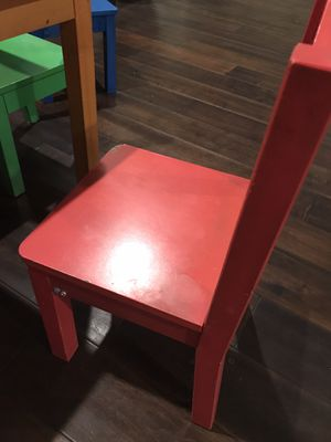 Kids dining table/play table for Sale in Huntington Beach, CA