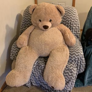 giant 5 foot teddy bear for Sale in Tulalip, WA