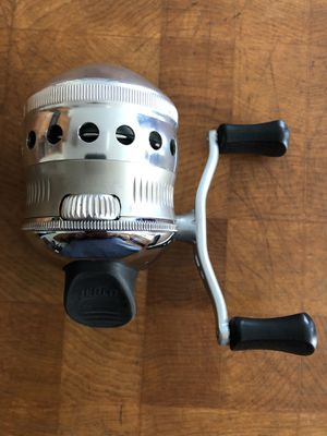 Zebco Omega Z03 Spincast Fishing Reel for Sale in Indianapolis, IN