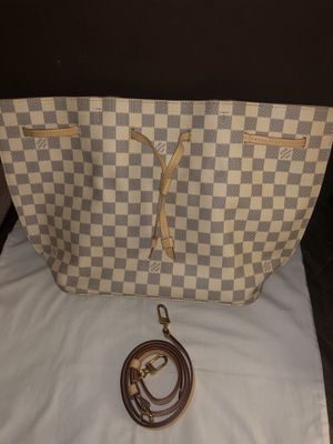 Louis Vuitton Damier azur for Sale in Highland, CA