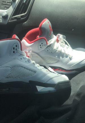 Jordan retro 5 wear once for Sale in Detroit, MI
