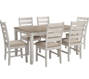BRAND NEW COMPLETE DINING TABLE SET for Sale in Kingsburg, CA