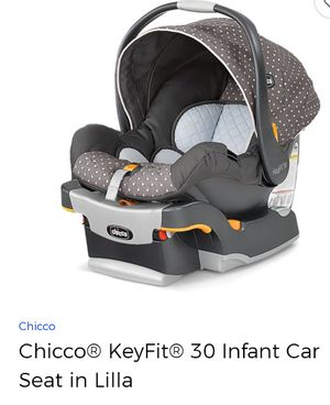 Chicco baby car seat carrier with base for Sale in Houston, TX