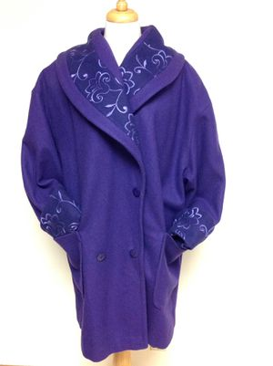 Embroidered Embroidery wool XL Shawl collar coat, turn back cuffs - still has the tailors tag inside - Excellent for Sale in Poulsbo, WA