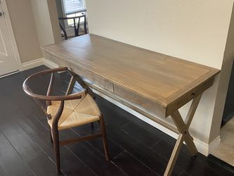 Gorgeous Wood Desk For sale! for Sale in Culver City,  CA