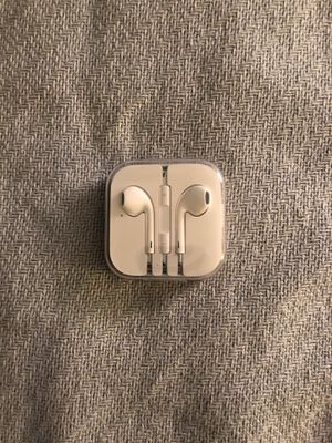 Apple earbuds for Sale in Issaquah, WA