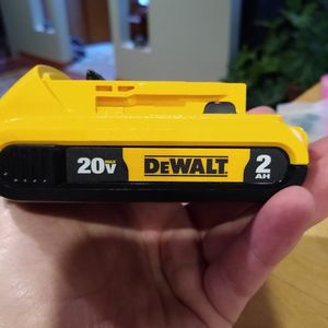 Dewalt 2AH, 20V Battery for Sale in Farmington Hills, MI