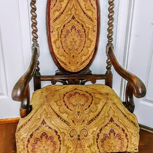 Original throne Antique Chair, Twisted Legs, Original Woven Material. for Sale in Sacramento, CA