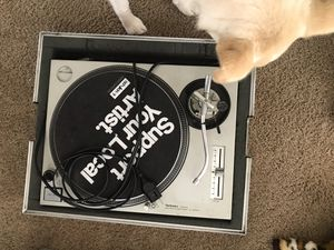 TECHNICS 1200 MKII with flight case for Sale in Fort Wayne, IN