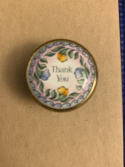 """Limoge Porcelain Box Says """"Thank You"""" On Top for Sale in Los Angeles,  CA"""