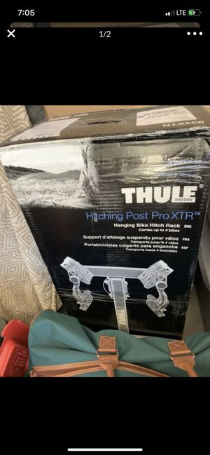Thule bike rack hitching post pro XTR for Sale in Fresno, CA