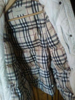 AUTHENTIC LADIES BURBERRY GOOSE DOWN JACKET SZ. MED for Sale in Aspen Hill, MD