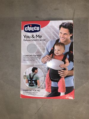 Chico You & Me Deluxe Infant Carrier for Sale in Aliquippa, PA