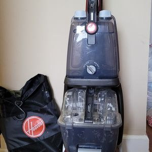 Hoover carpet cleaner upright shampooer for Sale in Chicago, IL