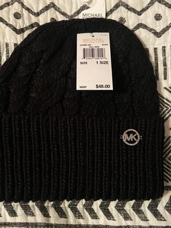 New With Tags Black Michael Kors Beanie for Sale in Downey,  CA