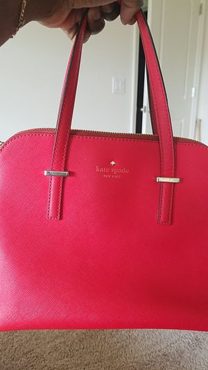 *FREE* RED KATE SPADE PURSE for Sale in Fort Myers, FL