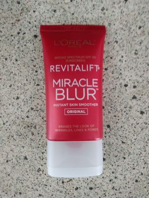 L'Oreal Miracle Blur for Sale in Lodi, CA
