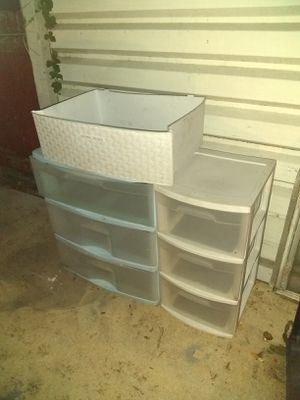 2 plastic drawers need out make offer for Sale in San Antonio, TX