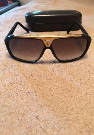 Louis Vuitton Sunglasses for Sale in West Mifflin, PA
