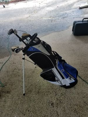 Golf bag with assorted clubs for Sale in Atlanta, GA