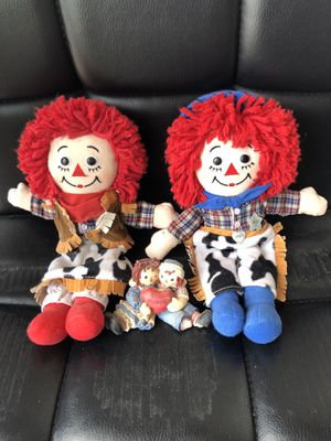 Raggedy ann and raggedy andy for Sale in Las Vegas, NV