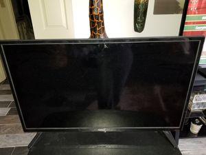 Toshiba 32 Inch TV with Chromecast for Sale in Atlanta, GA