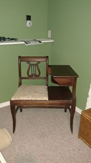 Antique telephone table with seat. for Sale in Westford, VT
