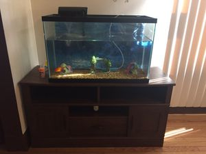 Fish tank and tv stand for Sale in Cleveland, OH