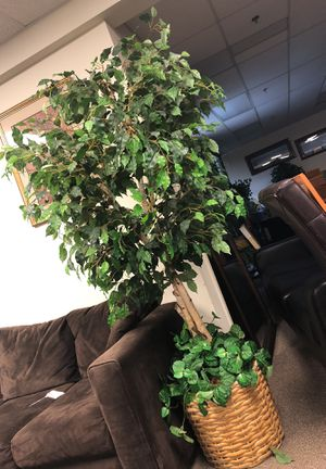 Large fake plant for Sale in Duluth, GA