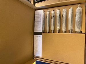 Tupperware 8 steak knives with block for Sale in Peachtree Corners, GA