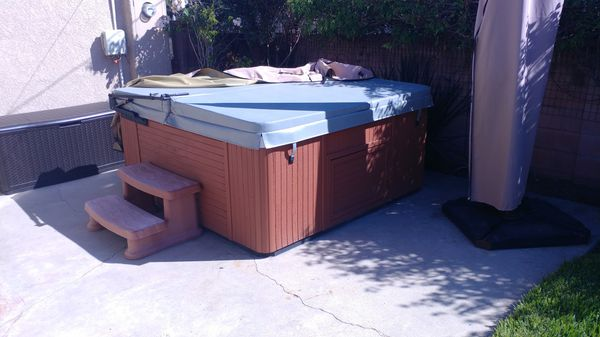 Hot tub looks and works great