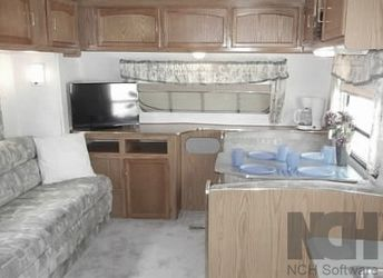 2000 Jayco Quest 270 2 ENTRANCE DOORS for Sale in Manteca,  CA