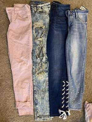 Jeans 5-10 Dollars !! for Sale in Lompoc, CA