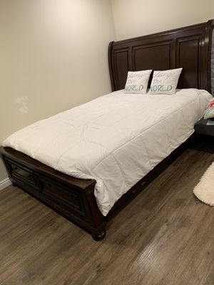 Bed frame for Sale in Chula Vista, CA