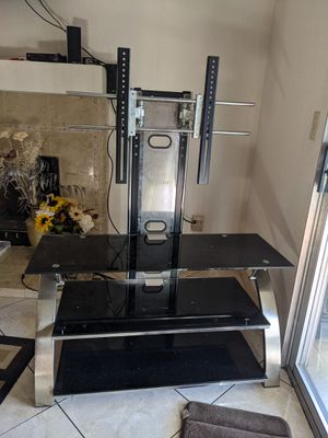 Tv Stand (glass) for Sale in Exeter, CA