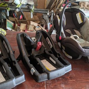 Graco Car seat With 2 Bases for Sale in Orlando, FL