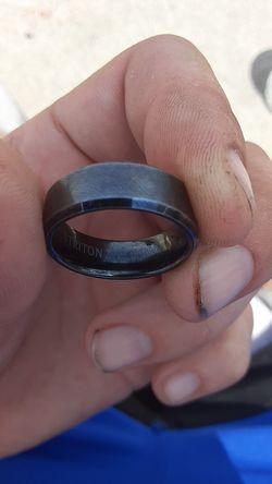 Triton tc. 850 wedding ring for Sale in Hazelwood,  MO