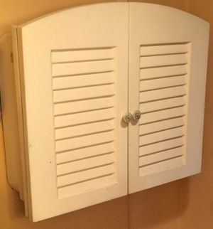 WHITE SHUTTER BATHROOM STORAGE CABINET for Sale in Edmonds, WA