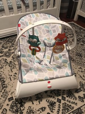 Fisher-Price Comfort Curve Bouncer - Curvy Teal - Like New for Sale in San Antonio, TX