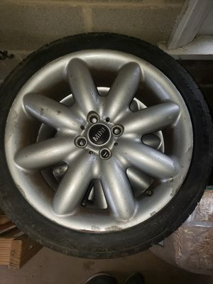2006 MINI COOPER RIMS & TIRES for Sale in Westminster, MD