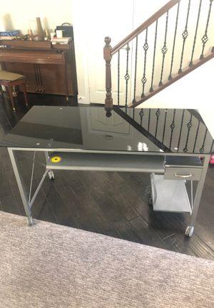 Desk for Sale in Las Vegas, NV