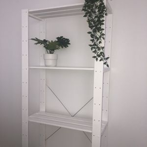 White Shelves for Sale in Auburn, WA