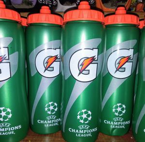 Gatorade Squeeze Water Bottle 32oz for Sale in Long Beach, CA