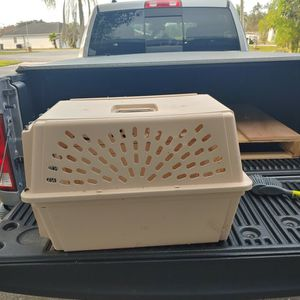 Pet Crate for Sale in Lake Wales, FL