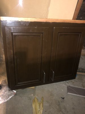 Kitchen cabinet door 27x30 almost new $40 for Sale in Colton, CA