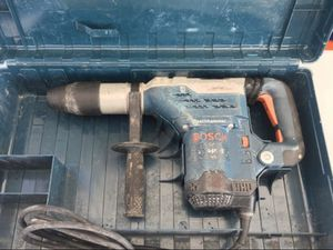 Bosch 13 Amp 1-5/8 in. Corded SDS-Max Variable Speed Concrete/Masonry Rotary Hammer Drill with Carrying Case for Sale in Whittier, CA