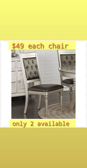 Chair for Sale in Chino, CA