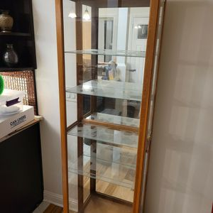Lighted Curio Cabinet for Sale in San Jose, CA